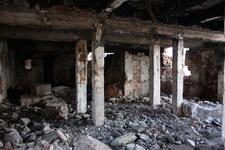 (06.05.2013 © ATola) Окрестности Ревуна - Развалины целлюлозного завода, подвалы