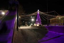 (01.03.2013 © ATola) Новый год. Елка - Поселок Чкаловский