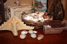 (30.06.2013 © ATola) Сувениры с Крита - Морская звезда, песок и ракушки